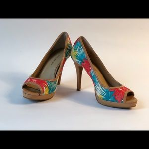 Antonio Melani High Heels/Pumps/Peep Toe. Size 7.5